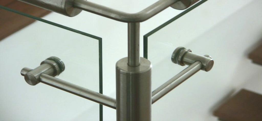 Comprar online cristales para barandillas a medida - Precio cristal blindado ...