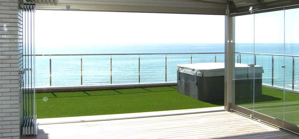Cerramientos de terraza de aluminio y cristal en España