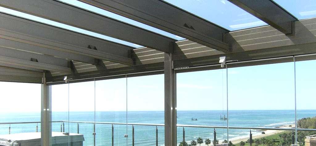 Techos moviles y fijos de aluminio y cristal en España